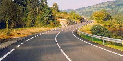 A 90 kms/h por carreteras convencionales
