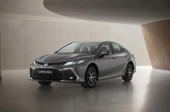 Nuevo Toyota Camry Electric Hybrid 2021 más tecnológico desde 36.00 euros