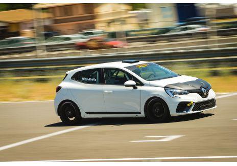 Los Clio RSR preparados para competir