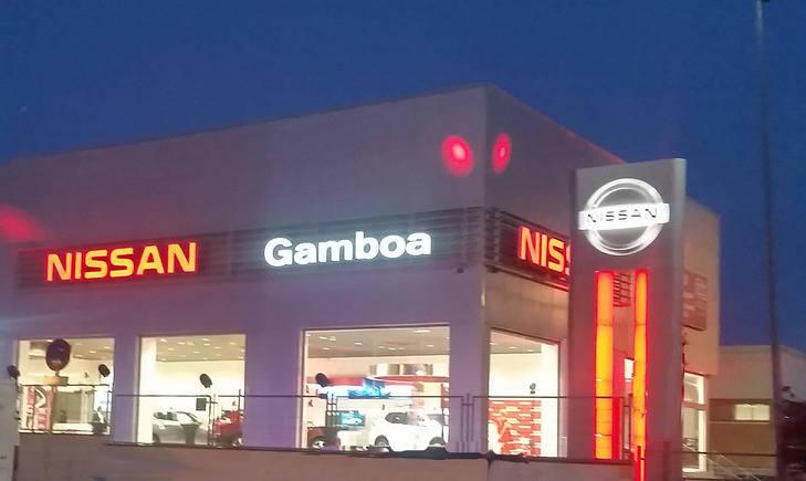 Gamboa inaugura otro concesionario Nissan