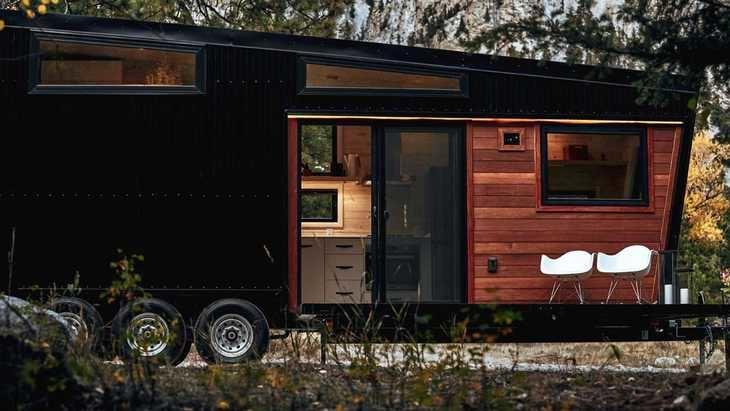 Dos caravanas: una de lujo y otra de videojuego