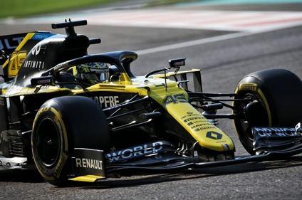 Fernando Alonso el más rápido en los test de Abu Dhabi