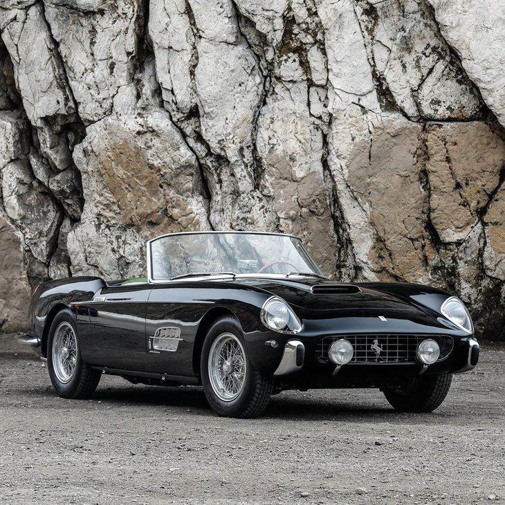 Un Ferrari 250 GT Series I Cabriolet de Pininfarina por 8 millones