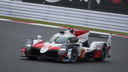 Alonso no consiguió la victoria aunque mantiene el liderato