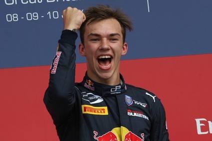 Pierre Gasly sustituye a Kvyat en Toro Rosso