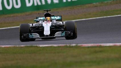 Hamilton hace una vuelta estrastosférica