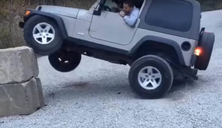 Un Jeep Wrangler que casi puede con todo