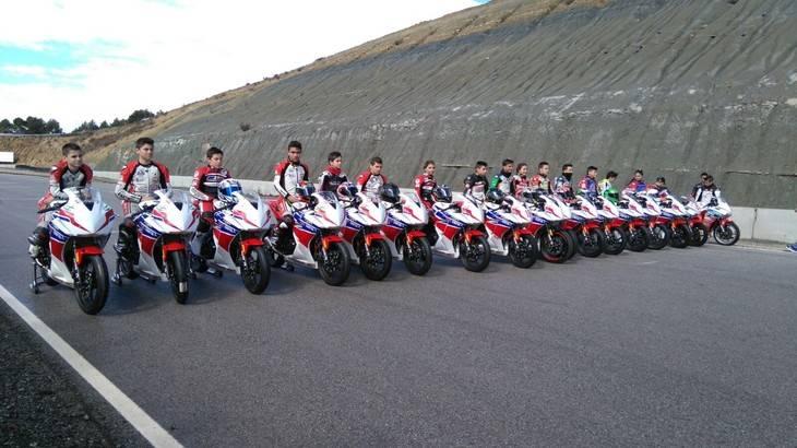 Futuros pilotos del motociclismo español