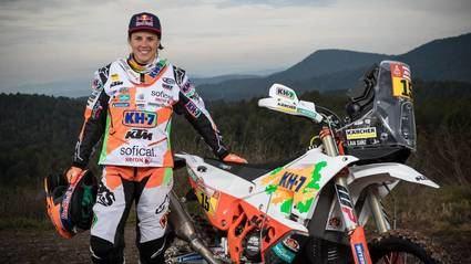 Laia Sanz firma con KTM hasta final de 2020