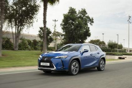 Lexus lanza el LC 500h 2021