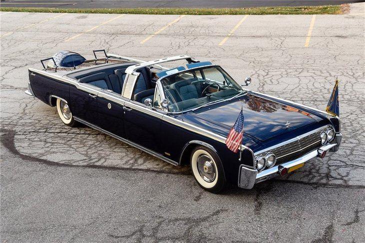 Recreación del Lincoln Continental de 1963