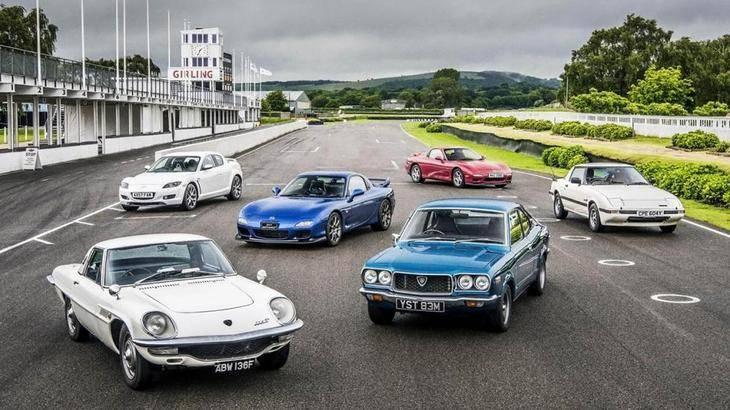 Mazda celebra el 50º aniversario del lanzamiento de su primer modelo con motor rotativo