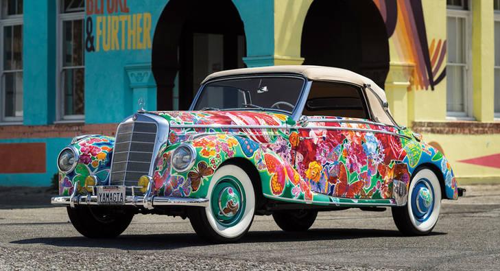 Un Mercedes muy 'Flower Power'