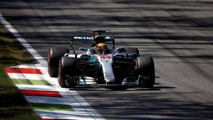 Hamilton se paseó en la casa de Ferrari