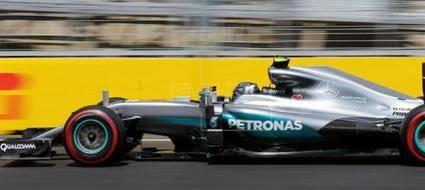 Rosberg fue muy superior y a Hamilton le pudo la ansiedad