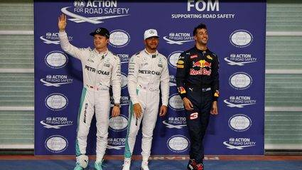 Hamilton pole y Alonso doblega a los Williams