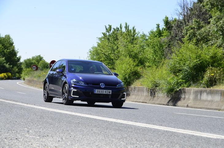 ¿Buscas un híbrido enchufable con el que poder divertirte?, así es el Volkswagen Golf GTE
