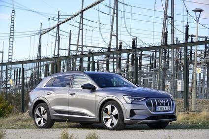 Prueba del Audi e-tron en carretera y ciudad