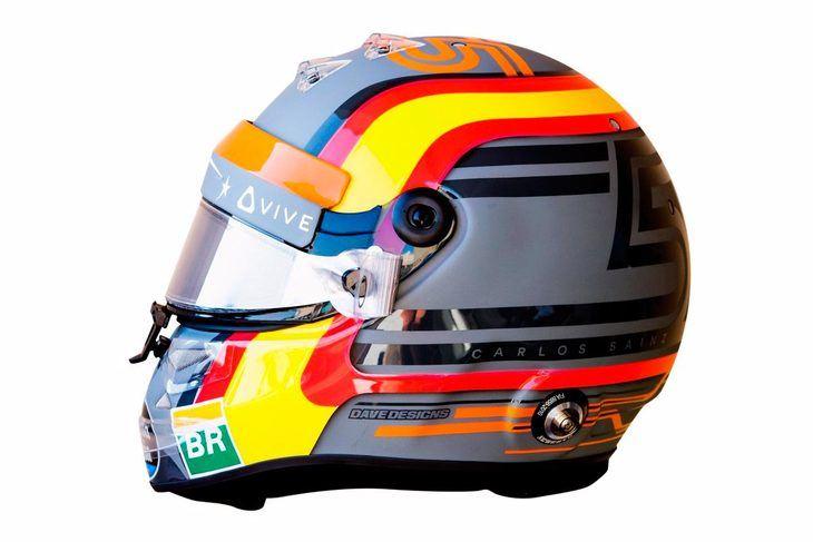 Carlos Sainz estrena casco y equipo