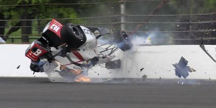 Indy 500: Alonso quinto y espectacular accidente de Sebastien Bourdais