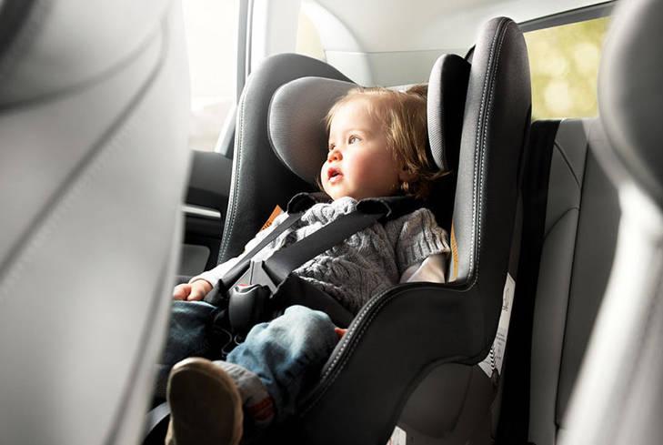 La sillas infantiles suspenden en seguridad revista de for Sillas seguridad coche