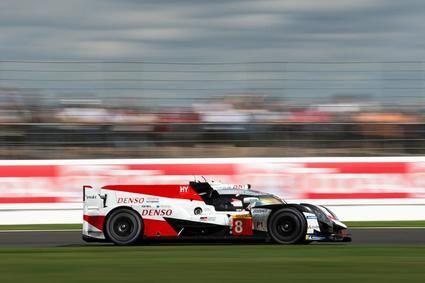 Alonso descalificado de su victoria en Silverstone