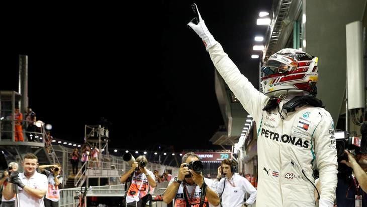 GP de Singapur F1: Hamilton y Verstappen detrozan a Ferrari