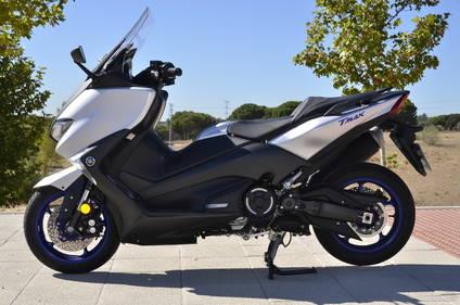 Yamaha TMAX SX 530 2017 a prueba