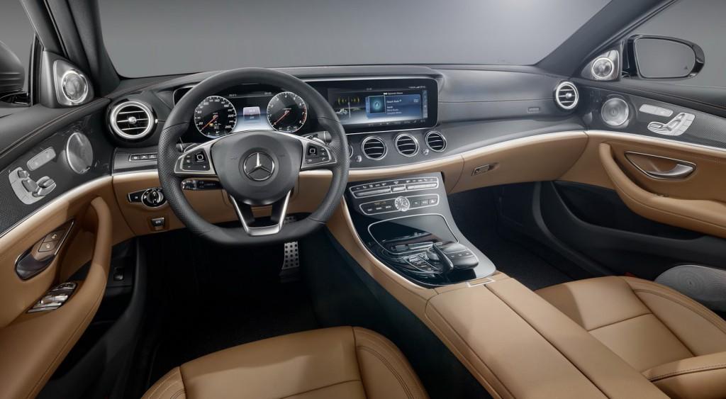 2017-Mercedes-E-Class-Interior-2.jpg