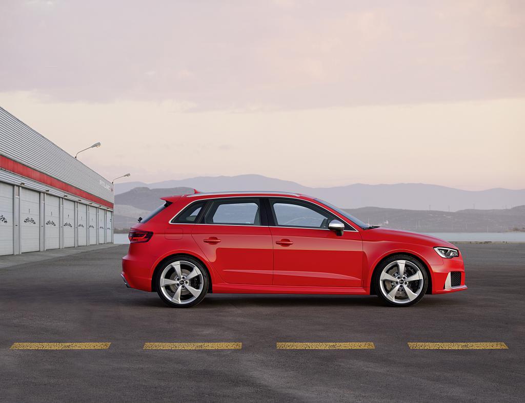 Audi RS3 con más de 360 CV | Revista de coches,