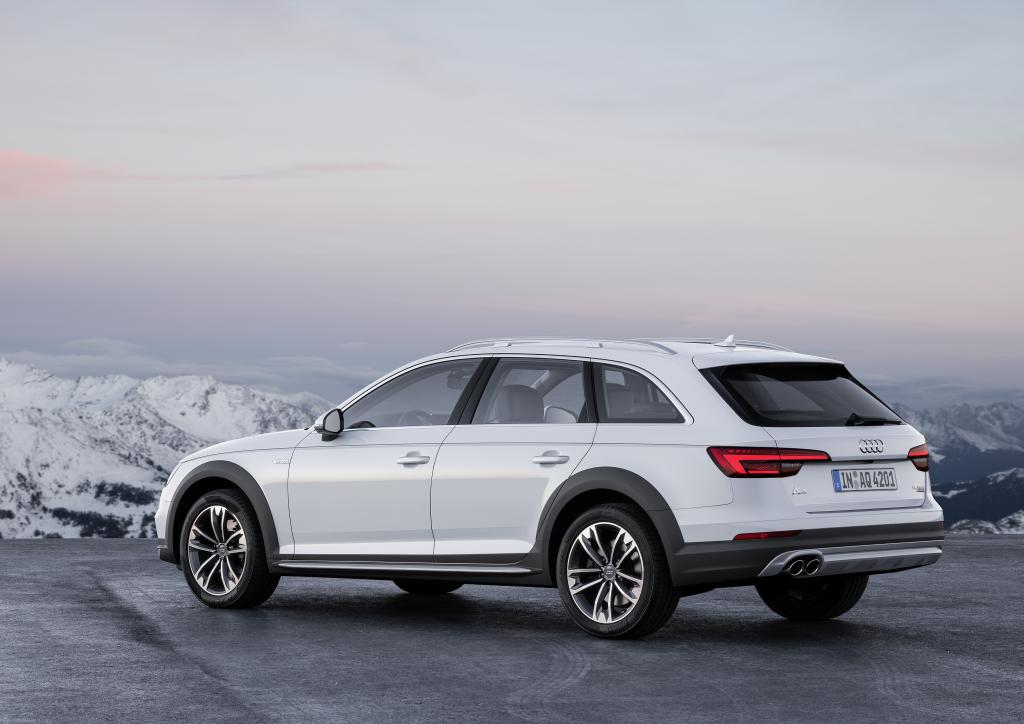 nuevo audi a4 allroad revista de coches. Black Bedroom Furniture Sets. Home Design Ideas