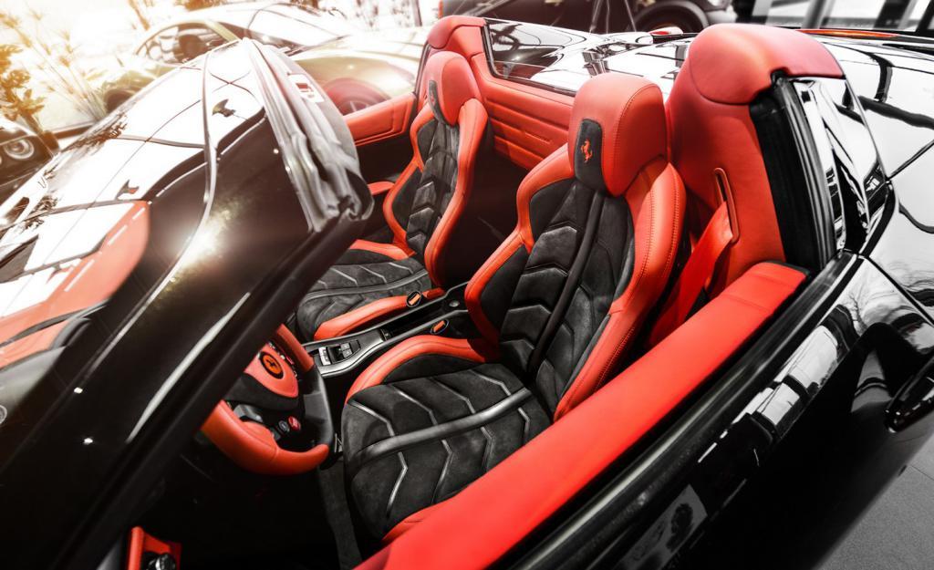 carlex design personaliza el interior de un 458 spider revista de coches. Black Bedroom Furniture Sets. Home Design Ideas