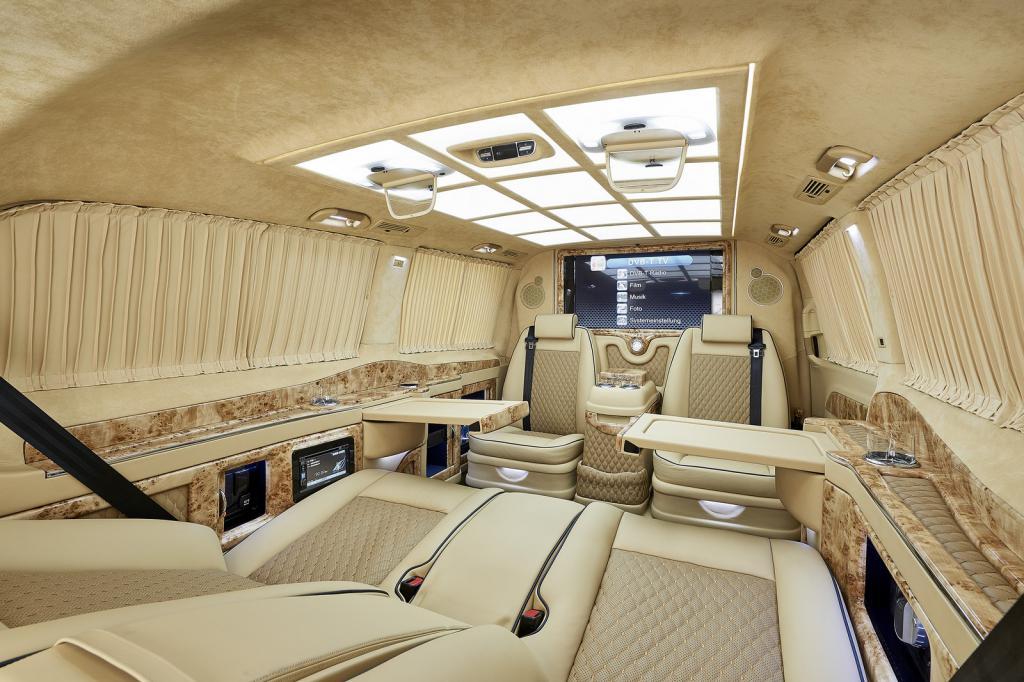 Impresionante interior del mercedes clase v revista de for Interior clase a